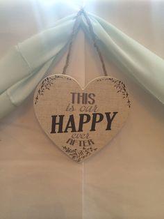 Beautiful sign on the Top Table! #weddingsign #todayswedding #bunting #weddingplanner #wedding #englishwedding #englishcountrywedding #weddingbunting #tablescape #ivory #vintage #rustic #englishwedding #weddingvenue #venue #venuestyling #venuedecor #weddingdecor #weddingdecoration #rusticstylewedding #vintagestylewedding #rusticwedding #rusticstylewedding