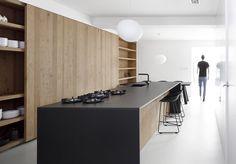 Black Kitchen Countertops, Stone Countertops, Dark Counters, Modern Kitchen Design, Interior Design Kitchen, Minimal Kitchen, Kitchen Black, Nice Kitchen, Kitchen Taps