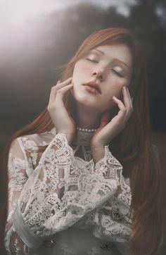 Gwen Von Sousuke by ジェニ オハナ Ginger Models, Irish Mythology, Dreamy Photography, Art Photography, Fashion Photography Inspiration, Portrait Inspiration, Portraits, Ginger Hair, Wild Ginger
