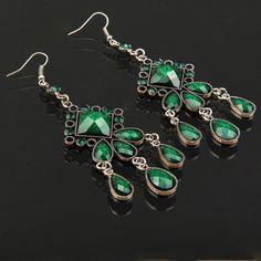 Elegant Imitation Gemstone lozenge Shape Vintage Chandelier Earring ( Green )(Green)