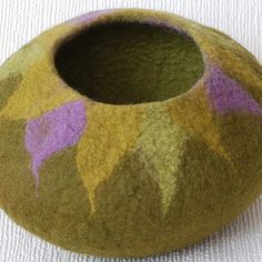 Addicted to felt bowls... it's the little things...: Folksy Friday #17