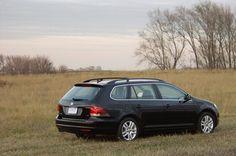 VW_Jetta_Sportwagen_2010_TDI