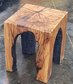 Home decor Fire-Carved Rustic Natural Wood Stool, table, plant stand industrial modern burnt oak You Rustic Industrial, Rustic Wood, Industrial Lighting, Vintage Lighting, Rustic Outdoor, Rustic Lighting, Natural Wood Table, Charred Wood, Tree Carving