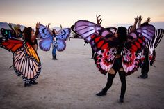 30 Brilliant Burning Man Costumes to Buy and DIY via Brit + Co. Obsessed with the butterfly wings Burning Man Outfits, Burning Man Style, Burning Man 2015, Burning Man Fashion, Festival Looks, Rave Festival, Festival Wear, Festival Fashion, Hippie Festival