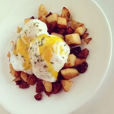 """""""{Breakfast} No those are not potatoes.. I swear! Although I was dreaming of my favorite breakfast spot last night I needed something sweet and savory…"""""""