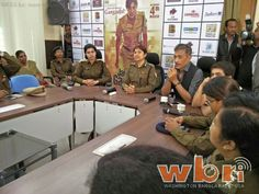 CID IG Sampat Meena, Ranchi: Another woman keeping Indians safe when they go to watch Priyanka Chopra as SP Abha Mathur in Prakash Jha's Jai Gangaajal: http://www.washingtonbanglaradio.com/content/cid-ig-sampat-meena-real-abha-mathur-impressed-prakash-jha-s-jai-gangaajal-dialogues