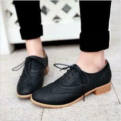 Shoes Brogue-Women-Lace-Up-Wing-Tip-Oxford-College-Style-Flat-Fashion-Shoes-Big-Size - Oxford Shoes Outfit, Casual Shoes, Women Oxford Shoes, Oxford Flats, Trendy Shoes, Formal Shoes, Shoes Style, Fashion Flats, Look Fashion