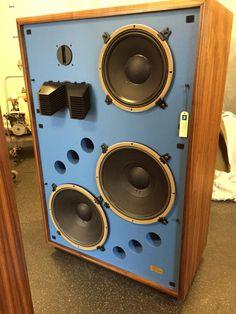 Best Speakers, Bluetooth Speakers, High Fi, Speaker Box Design, Audio Studio, Audio Sound, Loudspeaker, Audio Equipment, Audiophile