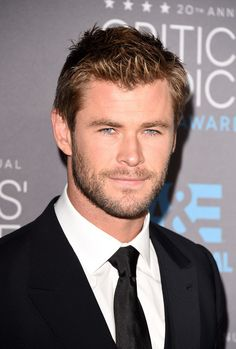 The sexiest man alive scruff on sexiest man alive Chris Hemsworth.