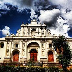 Plaza en La Antigua Guatemala, Sacatepéquez