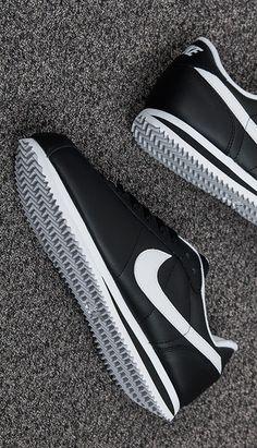 wholesale dealer 19253 568f6 Nike Cortez Leather Black