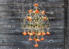 "By Per-Åke Backman, Sweden. Swedish straw decorations Halmens hus, Halmkronor, Himmeli  ""The Victorian Collection"", model VI. Foto: Lennart Edvarsson"