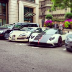 Pagani and his good friend Bugatti! Chilling out!