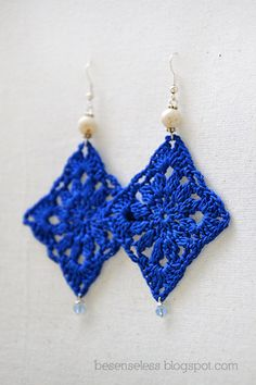 Doily Oltremare - crochet earrings via Etsy.