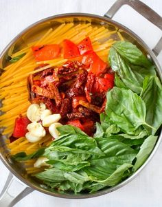 One-Pot Pasta Recipe: Linguine with Roasted Red Peppers, Sun-Dried Tomatoes & Brie