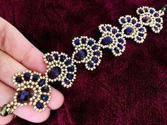 Peacock bead bracelet pattern and tutorial. Peacock bead bracelet pattern and tutorial. Beaded Bracelets Tutorial, Beaded Bracelet Patterns, Beaded Earrings, Diamond Earrings, Embroidery Bracelets, Making Bracelets With Beads, Jewelry Making Beads, Gold Bracelets, Ideas Joyería