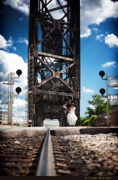 Trash the dress idea    chicago urban wedding