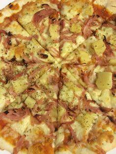Villa Pizza med skinke,ost og ananas.