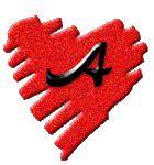 Alfabeto de corazones rasgados.