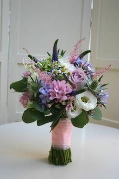 Flowers of Soul: Buchete de mireasa, nasa si cununie civila Ranunculus Wedding Bouquet, Bride Bouquets, Bridal Flowers, Dream Wedding, Floral Wreath, Wedding Ideas, Wreaths, Weddings, Plants
