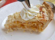 adding cream to slice of custard peach pie Best Peach Pie Recipe, Peach Pie Recipes, Cake Recipes, Dessert Recipes, Peach Custard Pies, Custard Cake, Pie Crust Shield, Mango Pie, Icebox Pie