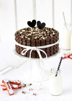 Emma's Lieblingsstückekinder Schokolade-Torte mit Beeren & eineVerlosung