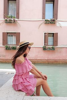 Rialto Bridge, Myths and Venice Canals | Glam & Glitter