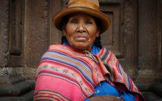 Mama Peruana in traditional clothing, Cusco, Peru