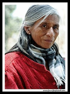 peruvian woman and scarf | Flickr