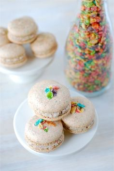Fruity Pebble Macarons
