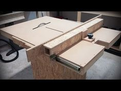 Homemade table saw with built in router and inverted jigsaw 3 in 1 - YouTube                                                                                                                                                                                 More