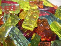 Lego gummy! (Homemade, eat fast!)