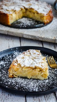 "Torta francesa de manzana del libro ""Around my french table"" de Dorie Greenspan. Vegetarian Recipes, Cooking Recipes, Edible Printing, Flaky Pastry, Greek Dishes, Sweet Tarts, Greek Recipes, Food Items, Food And Drink"
