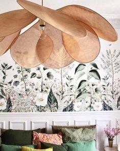 Home design vintage bedrooms 19 new Ideas Neutral Wallpaper, Room Wallpaper, Wallpaper Ideas, Flower Wallpaper, New Living Room, Living Room Decor, Magazine Deco, Bedroom Decor For Small Rooms, Floral Comforter