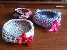 EnGanchilladA: As miñas primeiras cestas de trapillo
