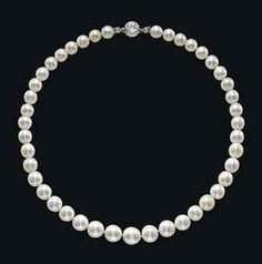 A SUPERB LATE 19TH CENTURY SINGLE-STRAND NATURAL PEARL AND DIAMOND NECKLACE