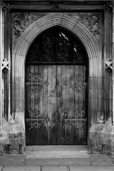 Velha Porta. Fotografia- Mark JP.