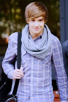 Liam Payne and I are NOT an item.  Just wanted to make myself clear..:(