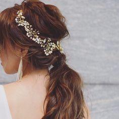 小枝アクセサリー×ポニーテールの可愛いブライダルヘアアレンジ   marry[マリー] Hair Arrange, Bridal Hair, Wedding Hairstyles, Hair Styles, Makeup, Beautiful, Fashion, Medium Wedding Hairstyles, Maquillaje