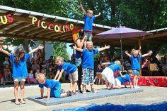 Akrobatik vom Feinsten boten die Mitglieder des Zirkus Piccolino.  Foto: Kindergarten Foto: Lahrer Zeitung