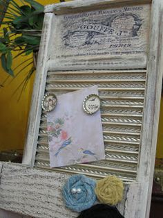 Dippity Dot: Washboard Memo Board/Letter Holder  got one of these using a decor in laundry room   this is a much better use of the item