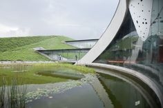Morphosis Architects / Thom Mayne, Iwan Baan · Giant Interactive Group Corporate Headquarters. Shanghai, China · Divisare