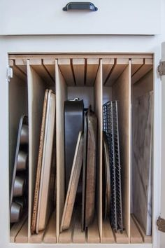 10 Hidden Cabinet Hacks That Will Dramatically Increase Your Kitchen Storage. These clever hacks will change the way you use your space and give you the best use of your kitchen! Kitchen Storage Solutions, Diy Kitchen Storage, Kitchen Pantry, Diy Storage, Kitchen Organization, New Kitchen, Kitchen Decor, Organization Ideas, Kitchen Ideas