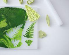 DIY Cupcake Terrarium | a cake tutorial by Cakegirls for TheCakeBlog.com