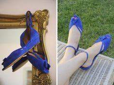 Blue suede shoes (Cupcakes and Cashmere) Blue Suede Shoes, Blue Flats, Shoe Cupcakes, Blue Wedges, Crazy Shoes, Autumn Winter Fashion, Stiletto Heels, Shoe Bag, Stylish