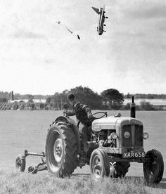 Photo: New capsule -  13th September 1962: Ejecting from an Electric Lightning F1 Aircraft http://www.retronaut.com/2013/05/ejecting-from-an-electric-lightning-f1-aircraft/