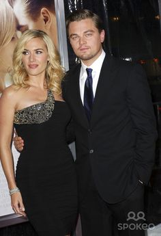 Kate Winslet and Leonardo DiCaprio Los Angeles Premiere of 'Revolutionary Road' held at the Mann Village Theatre - Arrivals