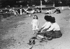 A child plays in the sand with her spade, whilst her mother and aunt look on, at a riverside spot in Fulham, London. Get premium, high resolution news photos at Getty Images Old Photos, Vintage Photos, Pet Sheep, Wonderful Picture, Fulham, Beach Ready, Mother And Child, Kids Playing, The Past