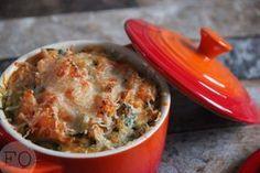 Zoete aardappel-andijvie stamppotje met parmezaan. Een heerlijk gerechtje dat echt in het comfortfood rijtje past.