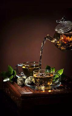 flowering tea - Kiss Me Organics / Tea / Coffee, Tea & Cocoa: Grocery & Gourmet Food Coffee Time, Tea Time, Tee Kunst, Glace Fruit, Café Chocolate, Pause Café, Tea Art, My Cup Of Tea, Tea Ceremony